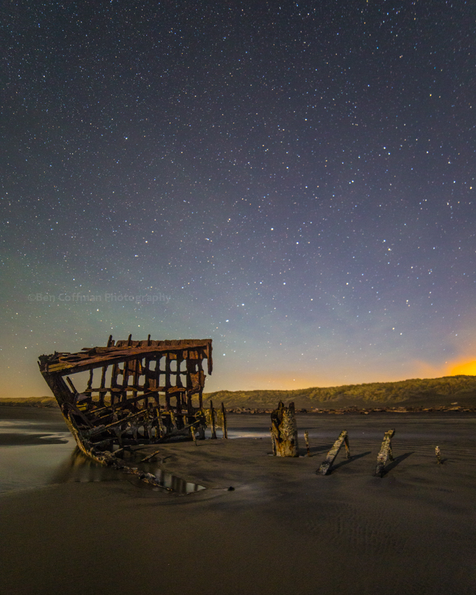 Peter Iredale with airglow 2 1 of 11 Airglow at the Oregon coast